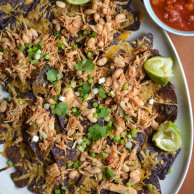 SLOW COOKER CHICKEN NACHOS from Rachel Schultz