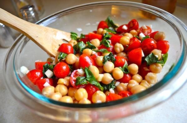 Tomato & Chickpea Salad by Rachel Schultz