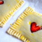 STRAWBERRY & NUTELLA HOMEMADE POP TARTS