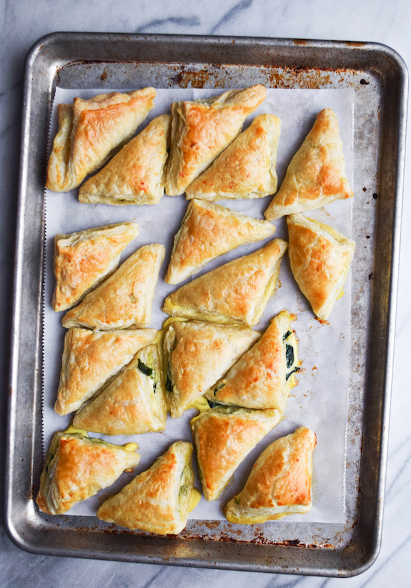 FETA & SPINACH MINI PASTRIES copy