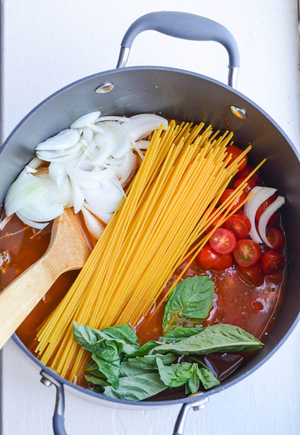 ONE POT SPAGHETTI by Rachel Schultz