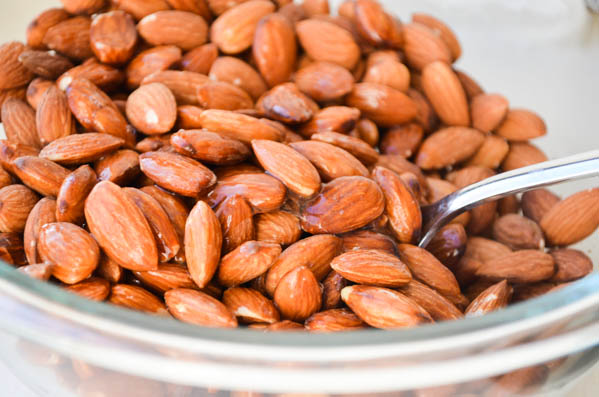 SUGAR ROASTED SLOW COOKER ALMONDS from Rachel Schultz-2