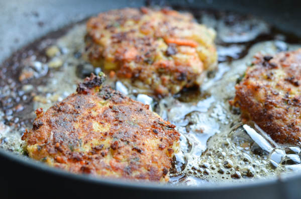 SALMON CAKES WITH CHIVE SAUCE from Rachel Schultz