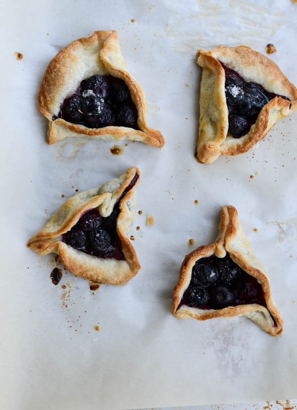 BLUEBERRY PIE BITES from Rachel Schultz