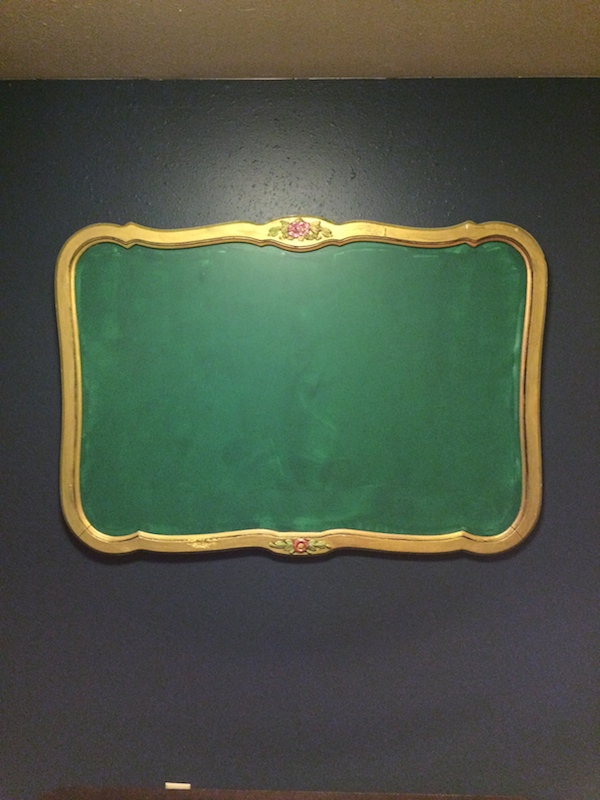 CHANGING A MIRROR INTO A CHALKBOARD