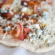 BLUE CHEESE, BACON & PEAR PIZZA from Rachel Schultz