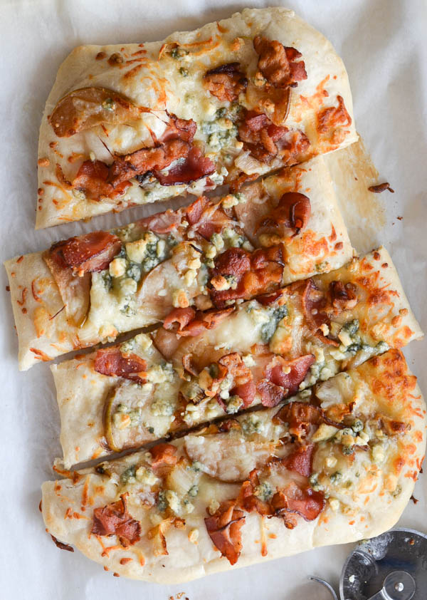 BLUE CHEESE, BACON & PEAR PIZZA from Rachel Schultz