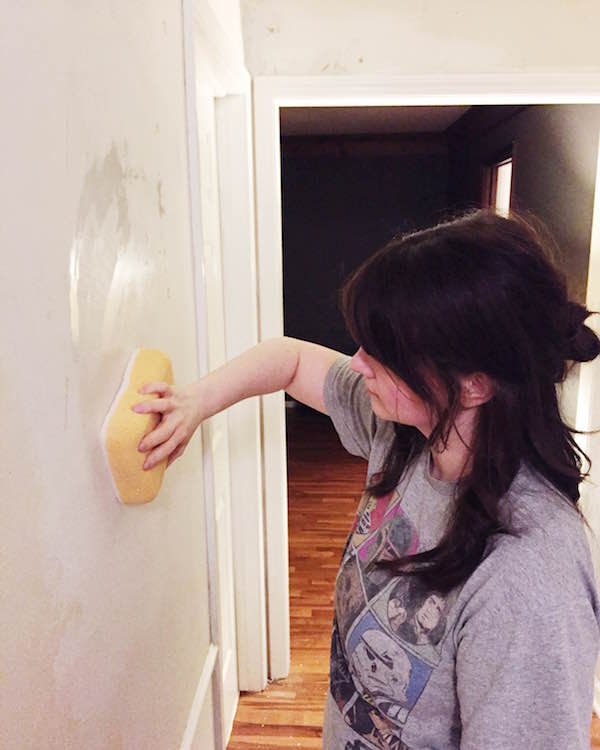 HOW TO PAINT WALLS AFTER REMOVING WALLPAPER from Rachel Schultz