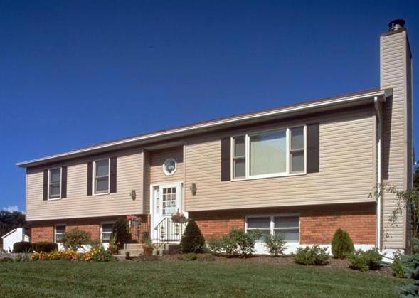 Rachel schultz comparing home exteriors for Great rooms com
