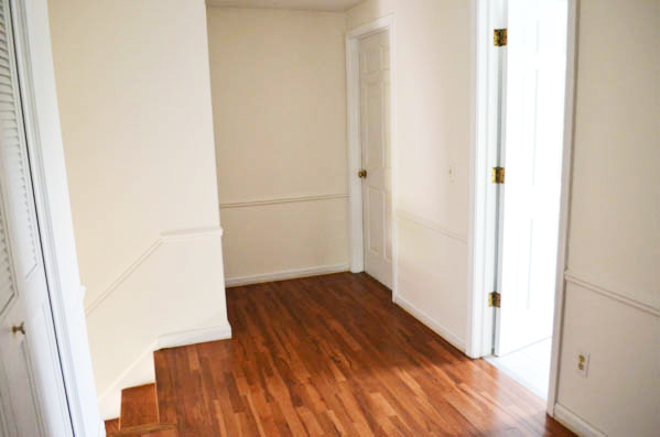 FINISHED WOOD FLOORS IN THE LANDING-2 copy
