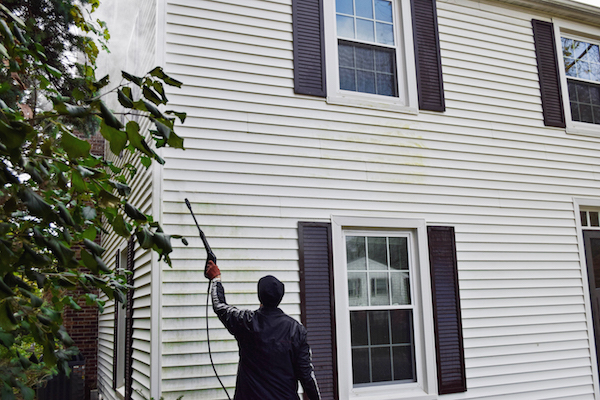 power-washing-exterior-siding-2-copy