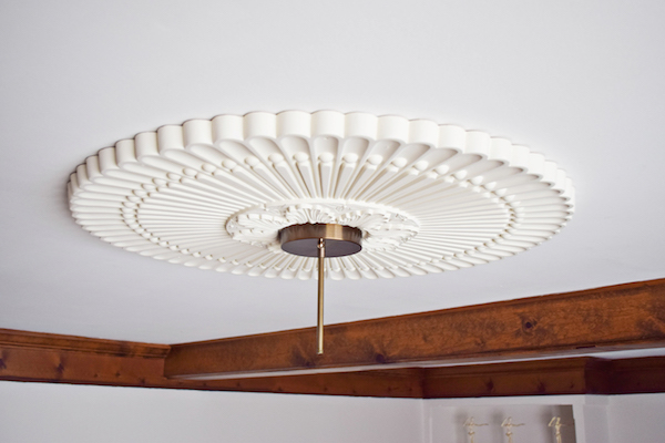 INSTALLING A CEILING MEDALLION-2 copy