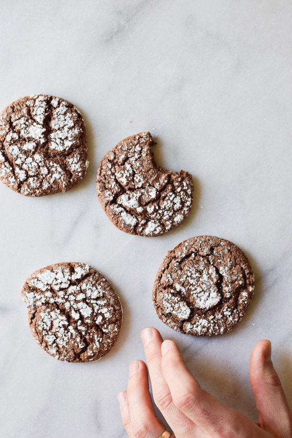 THREE INGREDIENT (ULTRA GOOEY!) COOKIES