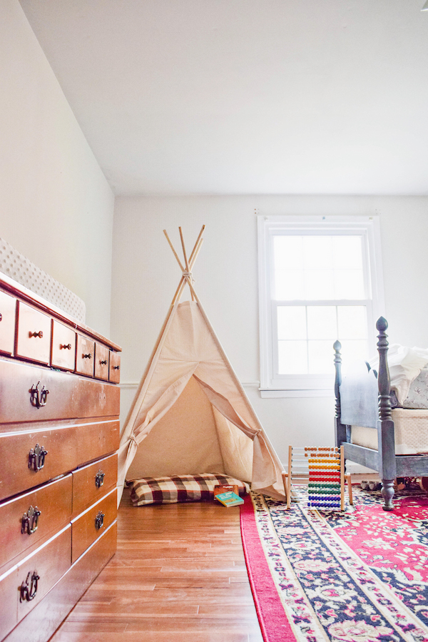 A CHILDREN'S TEEPEE