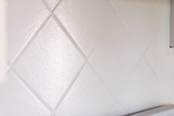 PAINTING A TILE BACKSPLASH copy