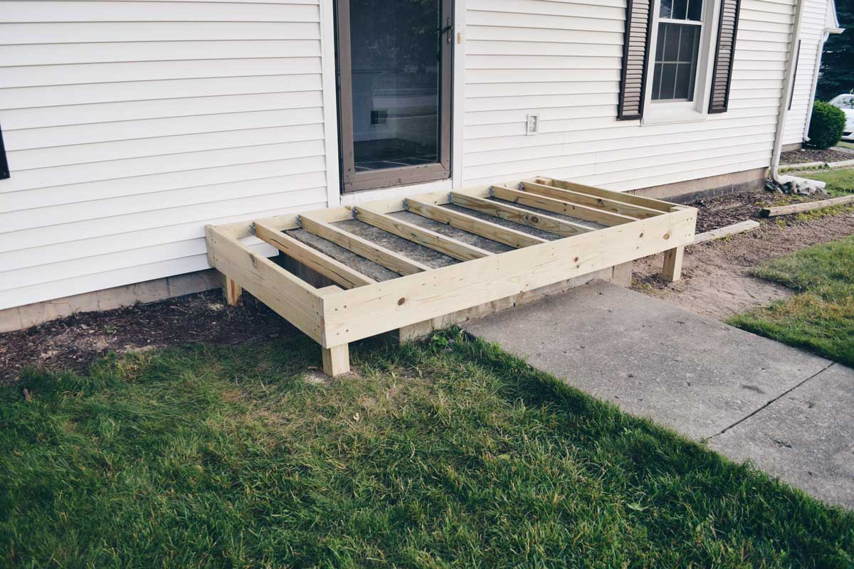Wring A Concrete Porch In Wood
