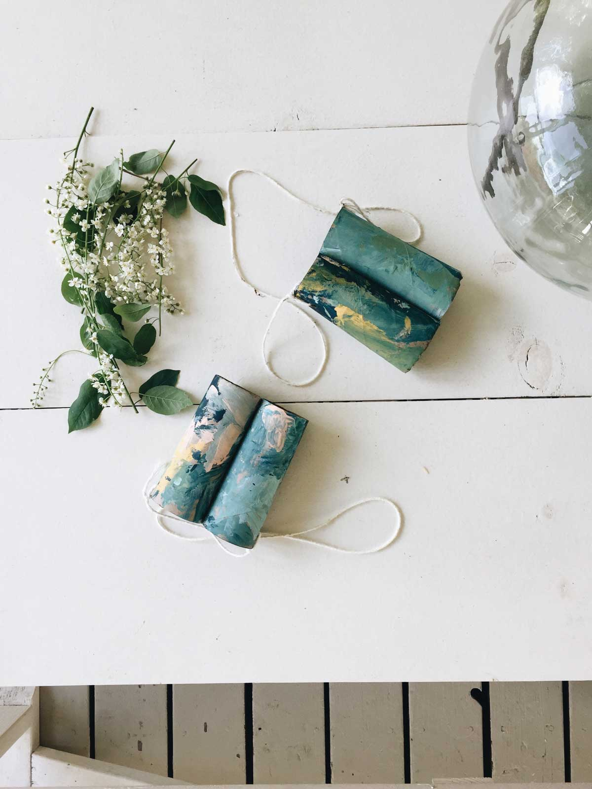 PAINTED BINOCULARS CRAFT