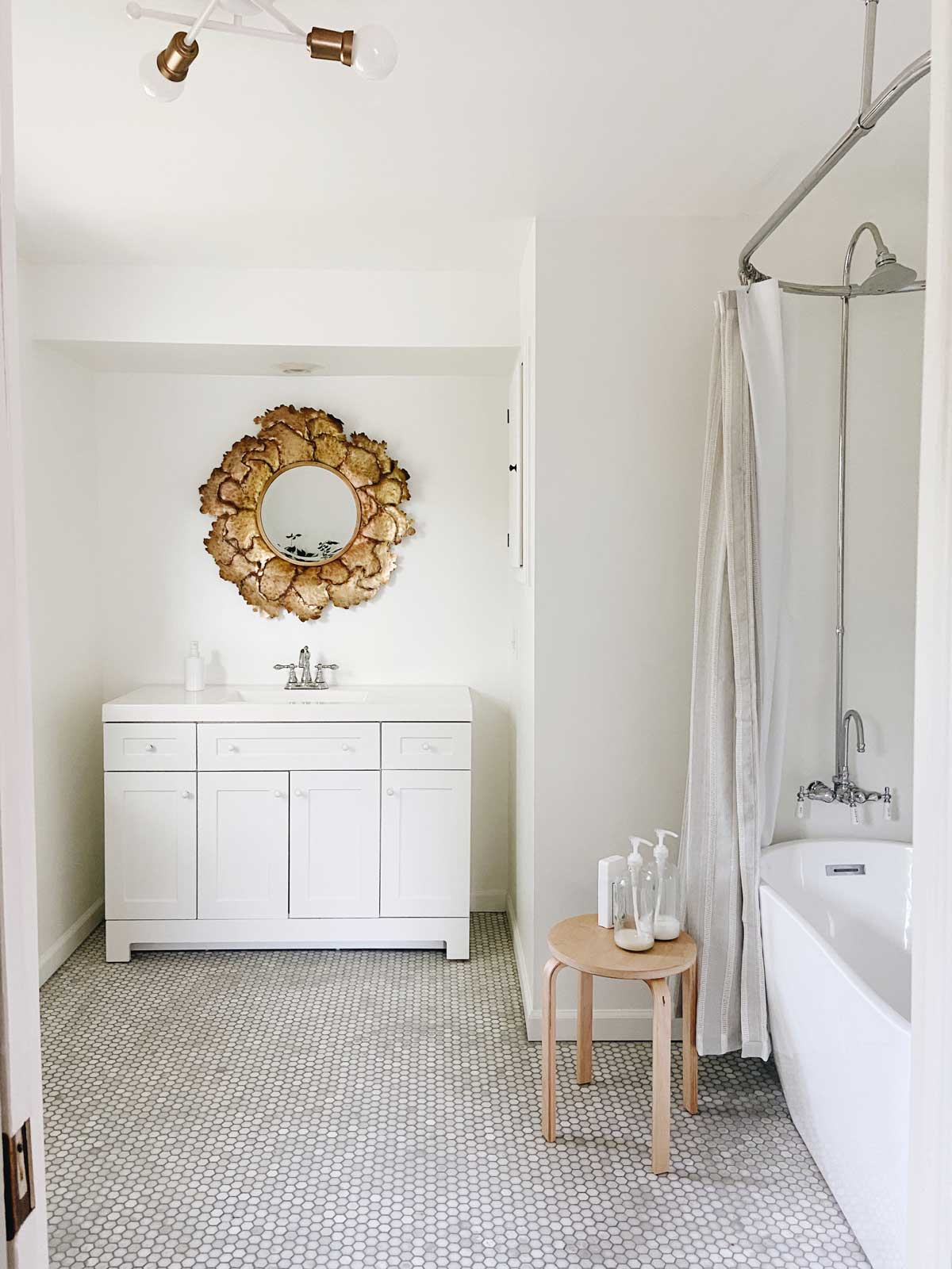 A MASTER BATHROOM: BEFORE & AFTER